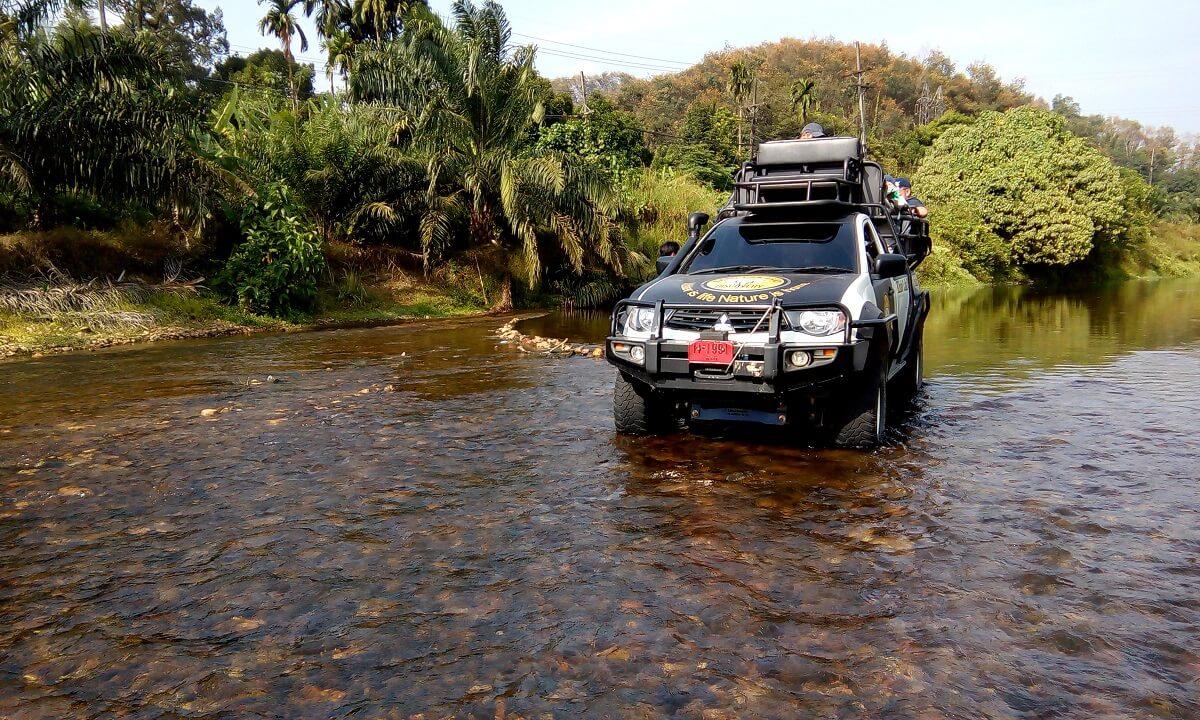 khao lak ausflüge offroad jeep safari kanu tour khao lak adventures