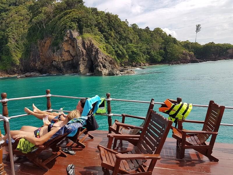ausflüge khao lak adventures dolphin cruise tagesausflug khao lak thailand
